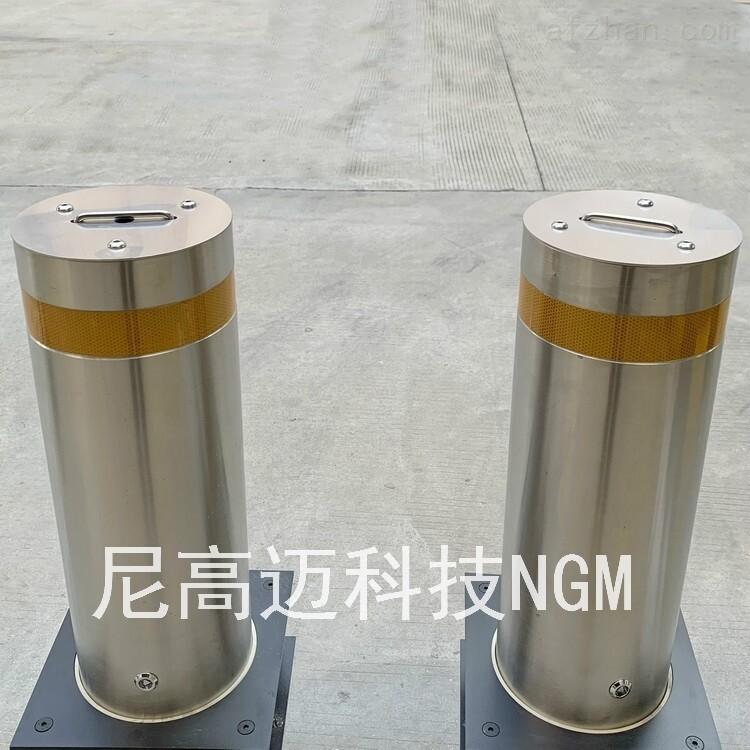 304不锈钢防冲撞柱 可移动路桩定制厂家