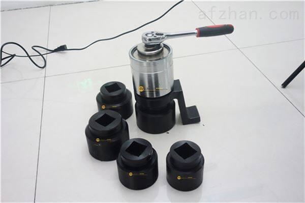 货车轮胎拆装用增力扳手-1500N.m力矩放大器