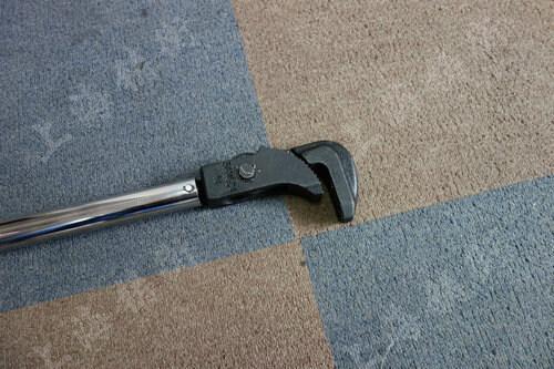 预置管钳式扭力扳手图片