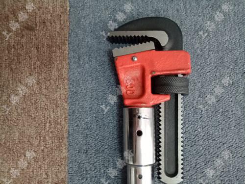 数显管钳式扭力扳手图片